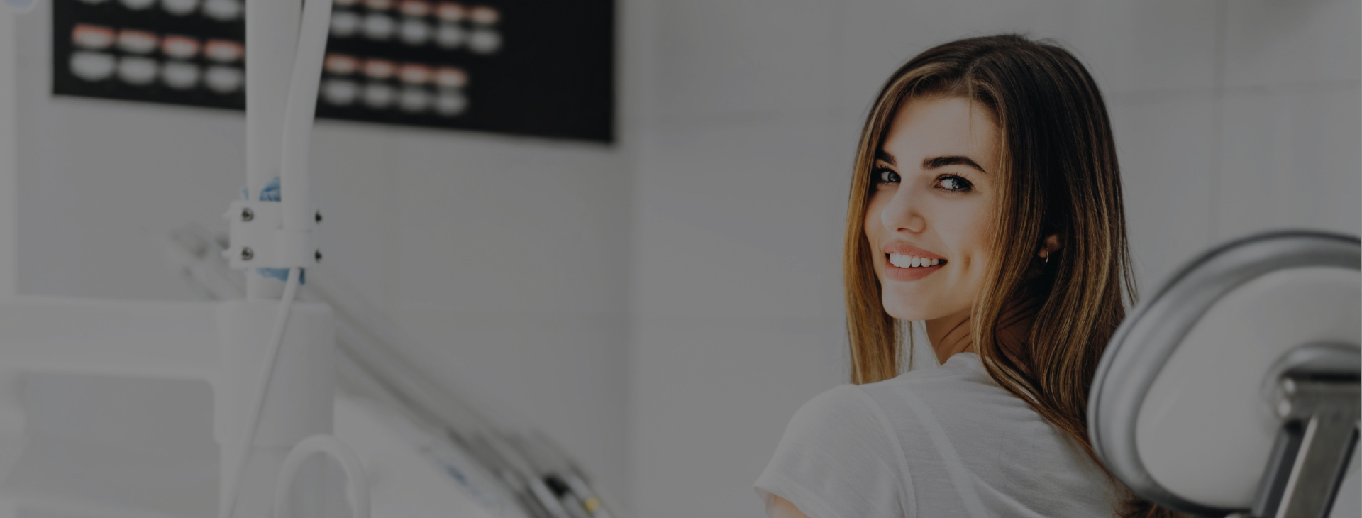 Venez profiter de nos soins dentaires de qualité, prodigués dans un environnement chaleureux et moderne.